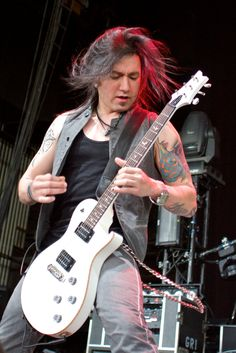 Rocking photographs of Pop Evil performing at MMRBQ