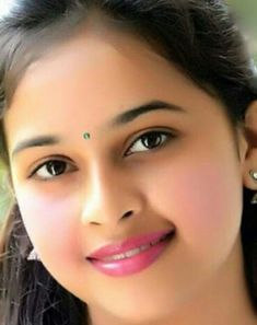 Beautiful Girl Indian, Beautiful Girl Image, Most Beautiful Indian Actress, Beautiful Eyes, Most Beautiful Women, Indian Natural Beauty, Indian Face, Beautiful Nature Pictures, Smile Face