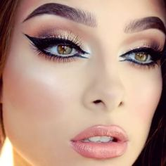 DOUBLE LINER -- A perfect example of a double liner in the inner corner. This will help to open up the eyes and make them look larger!