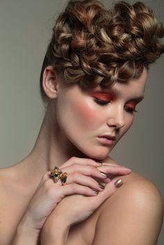 "Jolie fall look 2013 ""La Belle Époque"". Make up: Katja Kokko, hair: Sanna Liljamo, photo: Paavo Lehtonen, model: Linnea/Paparazzi Fall Looks, Make Up, Model, Hair, Fashion, Belle Epoque, Maquillaje, Mathematical Model, Whoville Hair"