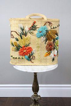 straw bag - vintage resort souvenir straw tote