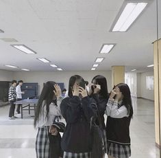 Girl Group Pictures, Bff Pictures, Foto Best Friend, Best Friend Pictures, Ulzzang Korean Girl, Ulzzang Couple, Korean Aesthetic, Aesthetic Girl, Bff Girls