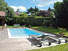 Piscine / Swimming-pool : http://www.maison-deco.com/jardin/piscines/Piscines-4-solutions-pas-cheres/Piscine-econome-en-energie