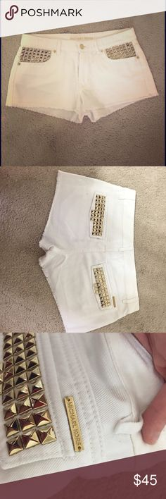 Michael Kors White Shorts with gold detailing 2 Gorgeous Michael Kors shorts with gold detailing fantastic used condition no stains or holes Michael Kors Shorts Jean Shorts