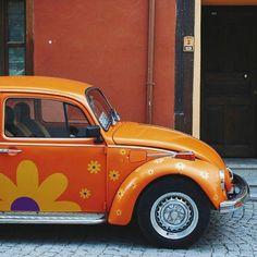 Pretty Cars, Cute Cars, Fancy Cars, Hippie Car, Vw Camping, Bug Car, Beetle Car, Vw Vintage, Volkswagen Bus