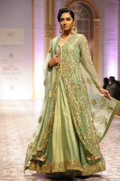 India Bridal Week 2013 Mumbai : Aashima & Leena