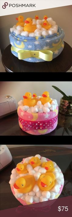 Rubber ducky diaper cake/bubble bath Pink for girls, blue for boys- rubber ducky. - Rubber ducky diaper cake/bubble bath Pink for girls, blue for boys- rubber ducky diaper cake bubble - Duck Diapers, Baby Shower Diapers, Baby Boy Shower, Shower Bebe, Diy Shower, Shower Gifts, Shower Ideas, Diy Diaper Cake, Nappy Cakes