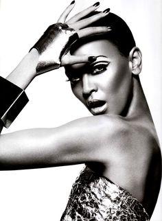 Photographeer : Daniel Jackson | Styling : George Cortina | Model : Liya Kebede