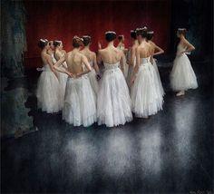#ballet #theatre #markolich #backstage #ballerinas #giselle
