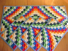 Bargello - TEMPODEVIVERBEM  -the tutorial is all in Spanish - but I can use google-translate =)