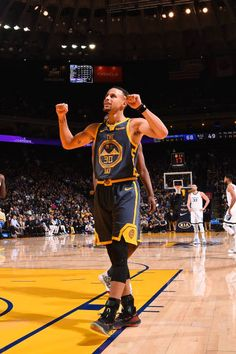 Nba Wallpapers Stephen Curry, Stephen Curry Wallpaper, Stephen Curry Basketball, Nba Stephen Curry, Nba Players, Basketball Players, Basketball Quotes, Golden State Warriors, Stefan Curry