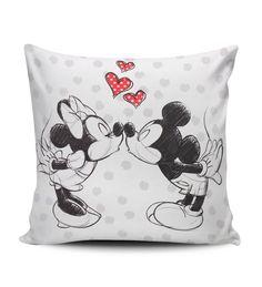 Veja nosso novo produto Almofada Mickey e Minnie! Se gostar, pode nos ajudar pinando-o em algum de seus painéis :)