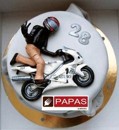 llll Funny Birthday Cakes, Birthday Cakes For Men, Teen Cakes, Cakes For Boys, Fondant Figures, Fondant Cakes, Motorcycle Cake, Sugar Cookies, Cake Cookies