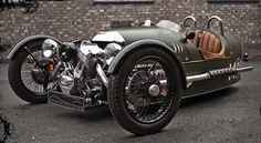 Now THAT'S steampunk if ever there was. The 3 Wheel Morgan. Delicious!
