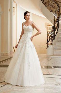 20 Best speciális elegáns esküvői ruha images  6afa659dcc