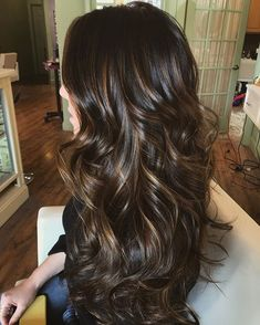 Hair color highlights and lowlights caramel red brunettes 63 Ideas - All For Hair Color Balayage Brown Hair Balayage, Balayage Brunette, Hair Color Balayage, Long Brunette, Blonde Ombre, Ombre Hair Color, Brown Hair Colors, Karamelfarbene Highlights, Brunette Highlights Lowlights