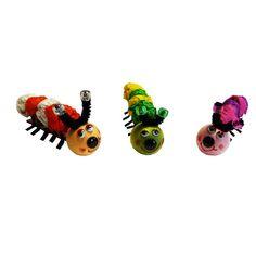 Basteln Frühling Kindergarten: Kleine süße Raupen in bunten Farben basteln. Eine lustige Idee zum Nachbasteln. Hier erhälst Du die komplette Bastelanleitung: http://www.trendmarkt24.de/bastelideen.basteln-fruehling-kindergarten.html#p