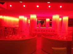 Pearl Restaurant Miami Beach Miami Beach Restaurants, Restaurant Bar, Dorm Room, Room Inspiration, Florida, Ceiling Lights, South Beach, Cosmopolitan, Vacation Ideas