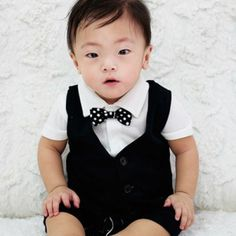 Today's Hot Pick :Double Breasted Vest Jumpsuit with Dotted Bow Tie http://fashionstylep.com/P0000YYZ/laska4u/out High quality Korean baby fashion direct from our design studio in South Korea! We offer competitive pricing and guaranteed quality products. If you have any questions about sizing feel free to contact us any time and we can provide detailed measurements.