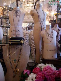 ❥ dress form mannequins {via Bountiful}
