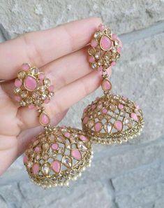 Silver Earrings With Pearl Product Indian Jewelry Earrings, Fancy Jewellery, Jewelry Design Earrings, Indian Wedding Jewelry, Ear Jewelry, Stylish Jewelry, Jewelery, Silver Jewelry, Jewellery Shops