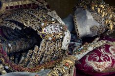 Rest in Style: Medieval Blinged-Out Skeletons Used as German Tourist Attractions   Raw File   Wired.com
