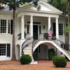 """""""We are forever indebted to those who have given their lives that we might be free."""" ~Ronald Reagan Spending today thinking of those… Greek Revival Architecture, Architecture Details, Abandoned Plantations, Southern Style, Southern Charm, Southern Living, Greek Revival Home, Antebellum Homes, Plantation Homes"""