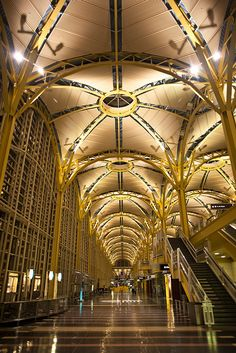 National Airport offers modern facilities to create a passenger friendly environment. Airport Architecture, Amazing Architecture, Architecture Details, Washington Nationals, Washington Dc, Airport Design, International Airport, The Places Youll Go, Travel Around
