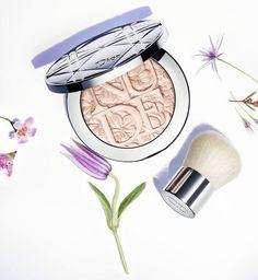 Dior Glowing Gardens Collection Spring 2016 – 'Glowing pink' illuminating powder…