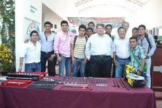 Entregan Automóvil a laboratorio de Mecánica Automotriz en Universidad Politécnica Del Centro
