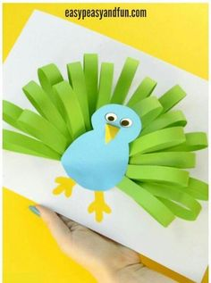 Manualidades infantiles: pavo real de papel - Muddle Tutorial and Ideas Easy Paper Crafts, Diy Paper, Fun Crafts, Arts And Crafts, Paper Crafting, Color Paper Crafts, Preschool Crafts, Easter Crafts, Christmas Crafts