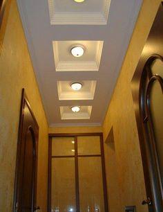 потолок из гипсокартона в прихожей