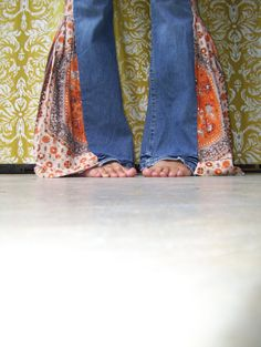 I want these so bad! Custom hippie pants - from one of my favorite sellers on Etsy :)