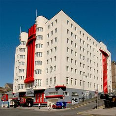 """The recently restored """"Beresford Hotel"""" building in Sauchiehall Street is probably Glasgow's finest art deco building. Interesting Buildings, Amazing Buildings, Hotel Side, Art Deco Buildings, Art Deco Home, Art Deco Furniture, Art Deco Design, Art Deco Fashion, Art Nouveau"""