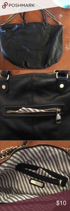 Steve madden bag Size:big. Good condition Steve Madden Bags Shoulder Bags