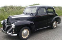 Vauxhall Velox.....we had one of these when i was a small child! I was nearly always car sick when i went on a journey!!!!