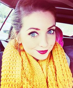 This is Zoe sugg she is the most beautiful person in the world Zoella Makeup, Zoella Beauty, Hair Makeup, Hair Beauty, Beautiful Person, Beautiful People, Mustard Scarf, Zoe Sugg, Berry Lips