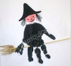 halloween crafts for kids - I don't believe in witches but there are them, there are! Diy Halloween, Halloween Kita, Halloween Crafts For Toddlers, Theme Halloween, Halloween Arts And Crafts, Toddler Crafts, Daycare Crafts, Preschool Crafts, Manualidades Halloween