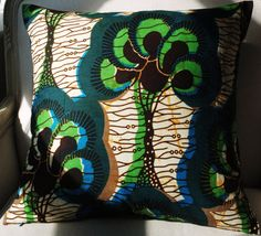 African prints are so gorgeous and vibrant!