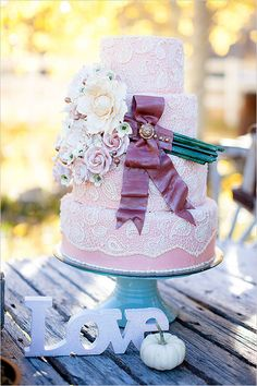 pink lace wedding cake
