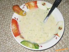 Oloupané brambory nakrájíme na kousky a uvaříme s kmínem a trošičkou soli do měkka. Brambory rozmačk... Cheeseburger Chowder, Food And Drink, Soup, Soups