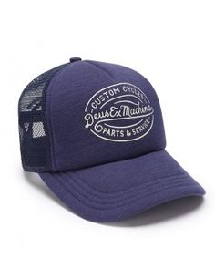 DEUS Kappe Trucker Mike - navy Deus Ex Machina, Baseball Cap Outfit, Baseball Hats, Mens Hat Store, Cap Girl, Hats For Men, Caps Hats, Cape, Snapback