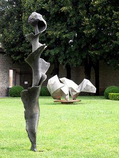 "Germaine Richier - ""La Spirale"", Troyes"