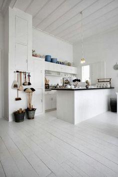 Father Rabbit kitchen.