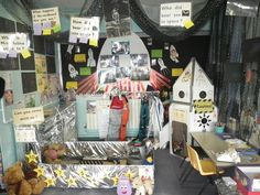 Space Whatever Next role play. Eyfs Activities, Nursery Activities, Work Activities, Interactive Activities, Autumn Activities, Creative Activities, Space Classroom, Classroom Environment, Classroom Ideas