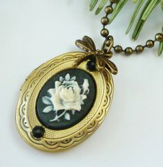 Nostalgic locket necklace with rose cameo, vintage necklace, cameo jewellery, bronze, black - pinned by pin4etsy.com