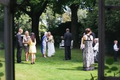 Laura and Ben's Valentines day wedding - Kelly Shakespeare Photography. A beautiful garden wedding.