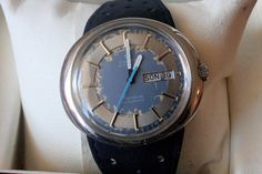 Catawiki, pagina di aste on line  Omega Geneve Dynamic, men's watch, 1969