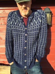 Ravelry: Røldal pattern by Lene Holme Samsøe og Liv Sandvik Jakobsen Knit World, Fair Isle Chart, Norwegian Knitting, Fair Isle Knitting, Knit Fashion, Mantel, Knit Crochet, Knitting Patterns, Men Sweater