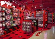 "Omg !!!!WHERE IS THIS?!?!?! I WOULD GRAB EVERYTHING OFF OF THOSE SHELVES AND RUN AWAY YELLING ,""MY PRECIOUS!!!!"""